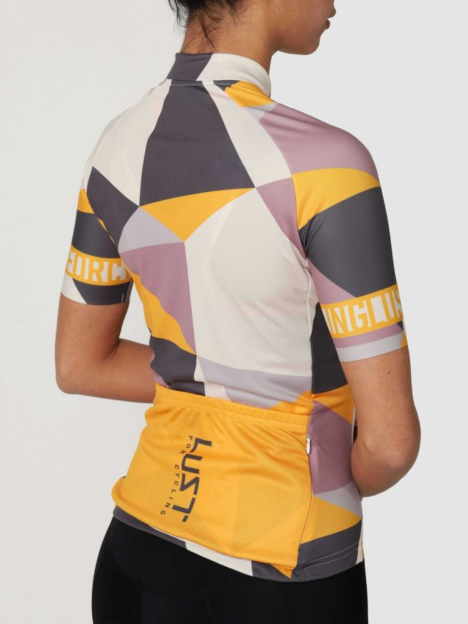 Lust_For_Cycling_Geo_Ladies_Back-BW